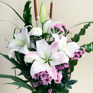 お盆の贈り花  ユリ花束(お供え1対セット)【送料込】