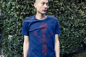 "JYUUNANHEARTの""pole""Tシャツ"