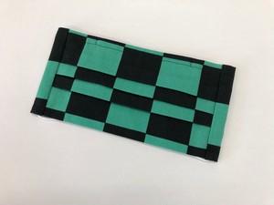 市松模様手作りマスク 緑×黒