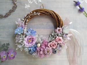 Lune Bonheur<Rose dragée>*ハーフムーンリース*プリザーブドフラワー*リース*お花*ギフト*母の日*結婚祝い*新築祝い*お誕生日祝い