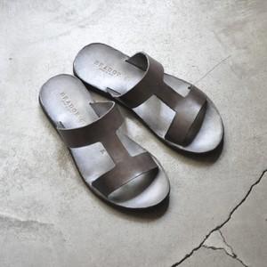 BRADOR Lady's leather sandals -B-