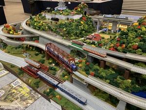 【売却済】鉄道模型ジオラマ作品 (分割式・完成品) Nゲージ地上2線+高架2線 1.8m x 1.2m 全国搬送無料