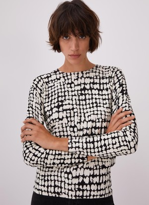 VISCOSE SWEATER WITH BLURRED DOTS