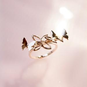 自由な蝶 リング