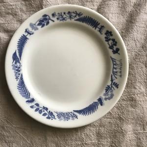 グスタフスベリの青い植物模様のプレート