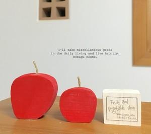 林檎と看板 (木製品)