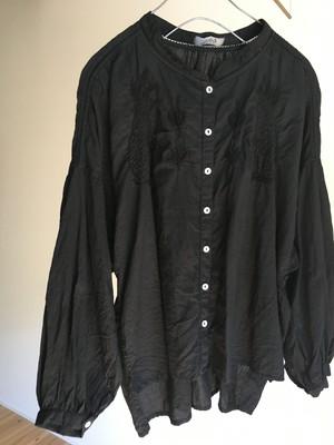 NR2001k jackalope hand embroidery blouse