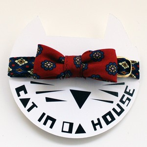 cat's collar vintage printed fabric_b