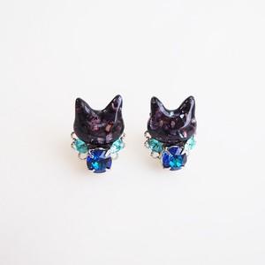 ◇ミスティックブルー◇黒猫とスワロビジューのピアス/イヤリング