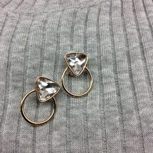JewCas/三角ストーンイヤリング