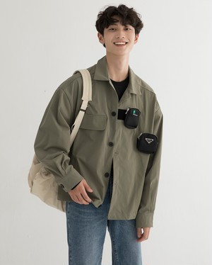 メンズシャツジャケット。ポケットが個性的取り外し可能ブラック/カーキ2カラー