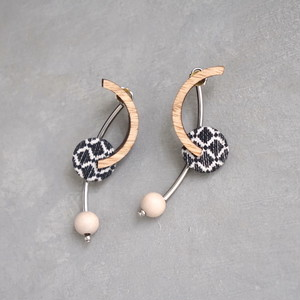pierced earrings C-P11/earrings C-E11<silver>