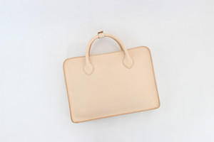JAPAN LANSUI DESIGN 名入れ対応 ヌメ革手作り手縫い トートバッグ PC入れ 品番QJ8FSJWNWZMSSS