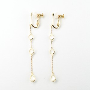 Moonstone swing earring