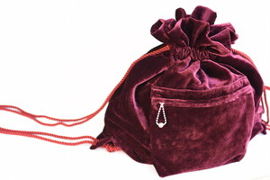 【FILL THE BILL】VELVET KNAPSACK - BURGUNDY
