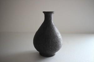 額賀円也|鉄釉徳利