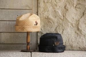 真夏のニット帽