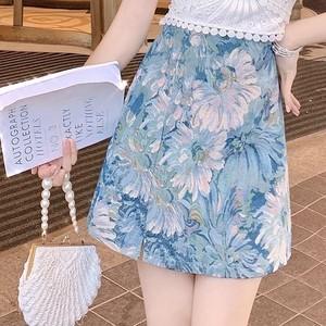 ジャガードブルーフラワー柄ミニスカート