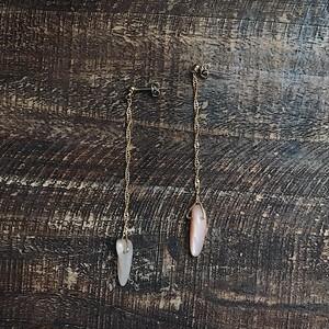 Orange moonstone × screwchain earrings