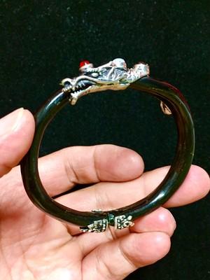 6) ドラゴン・ブレスレット(ブラック・ウリ)