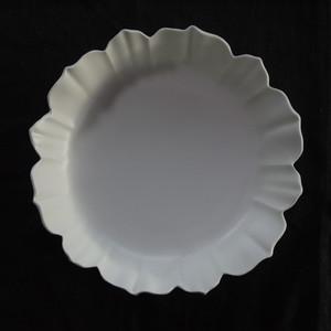 白磁稜花十二弁鉢