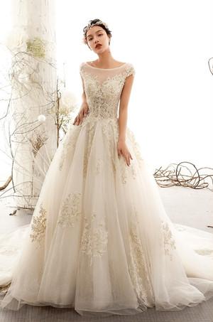 ウェディングドレス 花柄ゴールド刺繍 シースルー 結婚式 二次会 花嫁ドレス 海外挙式 フォトウェディング【WE-6】