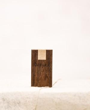 木のタバコケース