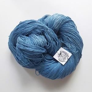 編み織りに♪草木染め糸 インド藍染 綿 オーガニックコットン5  96g