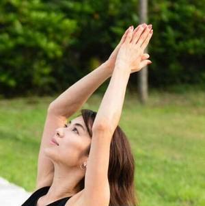 [9GC5]6/9(日) 16:00-17:00 内山理名/『Hatha yoga..感じて輝く』