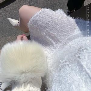 ファー付きホワイトカーディガン