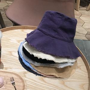 カジュアルなオシャレ帽子