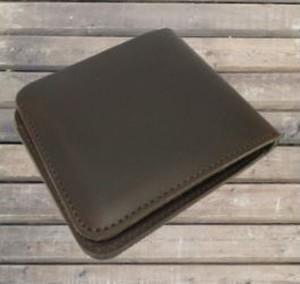 送料無料【二つ折り  財布】合皮 レザー 革 革製/  男女兼用 カード収納 折り畳み 男女兼用