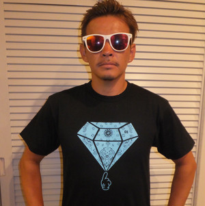 ダイヤペイズリーTシャツ