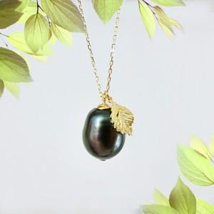 K18 黒い果実みたいな黒蝶パール ネックレス