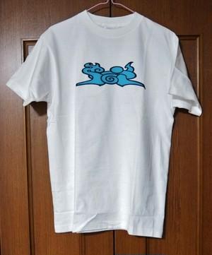 オーン Tシャツ