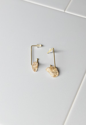 notice stone pierce / A / pink quartz