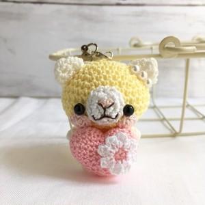 【受注生産】ピンク色ハート・淡黄色×白色ネコさん*鈴付きイヤホンジャックストラップ