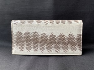 長財布(小銭入れ付き) 白