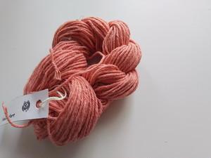 編み織り、刺し子などに♪草木染め糸 インドあかね染 綿 コットン  太め 20g