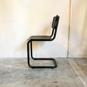 Vintage Cantilever Chair オランダ