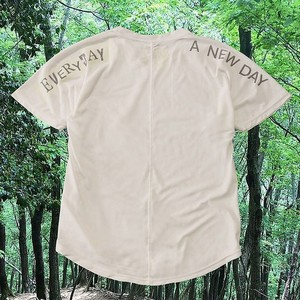 BORN FREE TEE『EVERY DAY IS A NEW DAY』