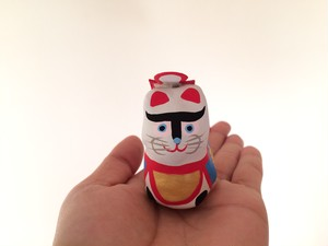 小さい犬張子(前掛け青)