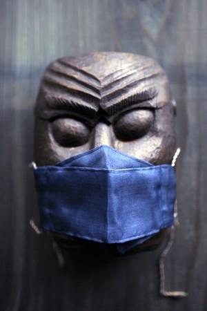 絹のマスク