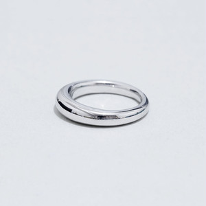 R107 / Domed ring S