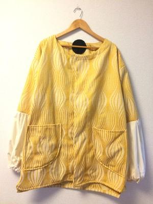 NICEな黄色コート