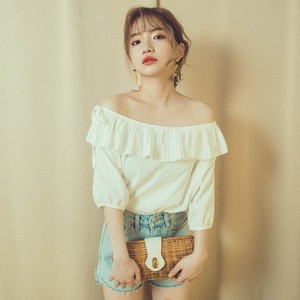 big frill offshoulder (AT22SH004)