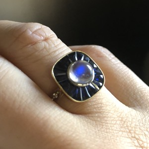 Calibre cut Sapphire And Moonstone Ring