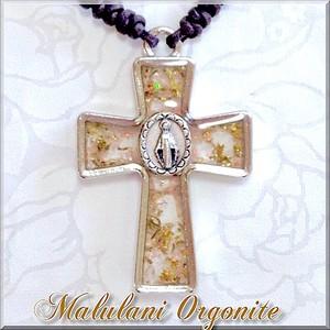 ヒーリング オルゴナイト十字架ペンダント《不思議のメダイ*ヒマラヤ水晶》