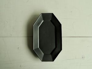 八角長方皿   黒マット釉