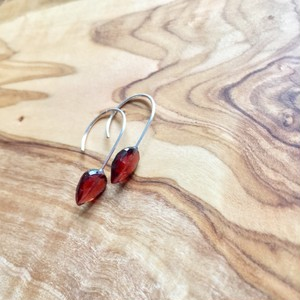 BIRTHdayStone Hook -1 Garnet-